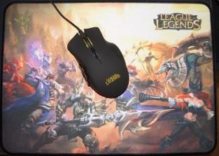 Razer Naga HEX League of Legends Edition and the Razer Goliathus mouse pad