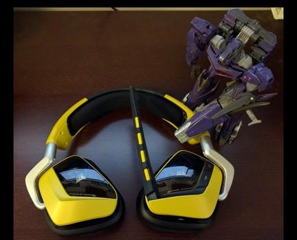 Corsair Void RGB Wireless headset